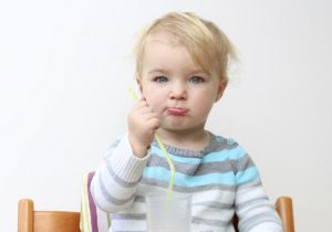 الحساسية الغذائية عند الاطفال وعدم تحمل الغذاء