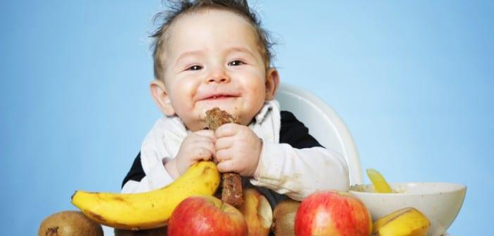 تغذية الطفل من الشهر الثامن الى العاشر مرحلة ثالثة