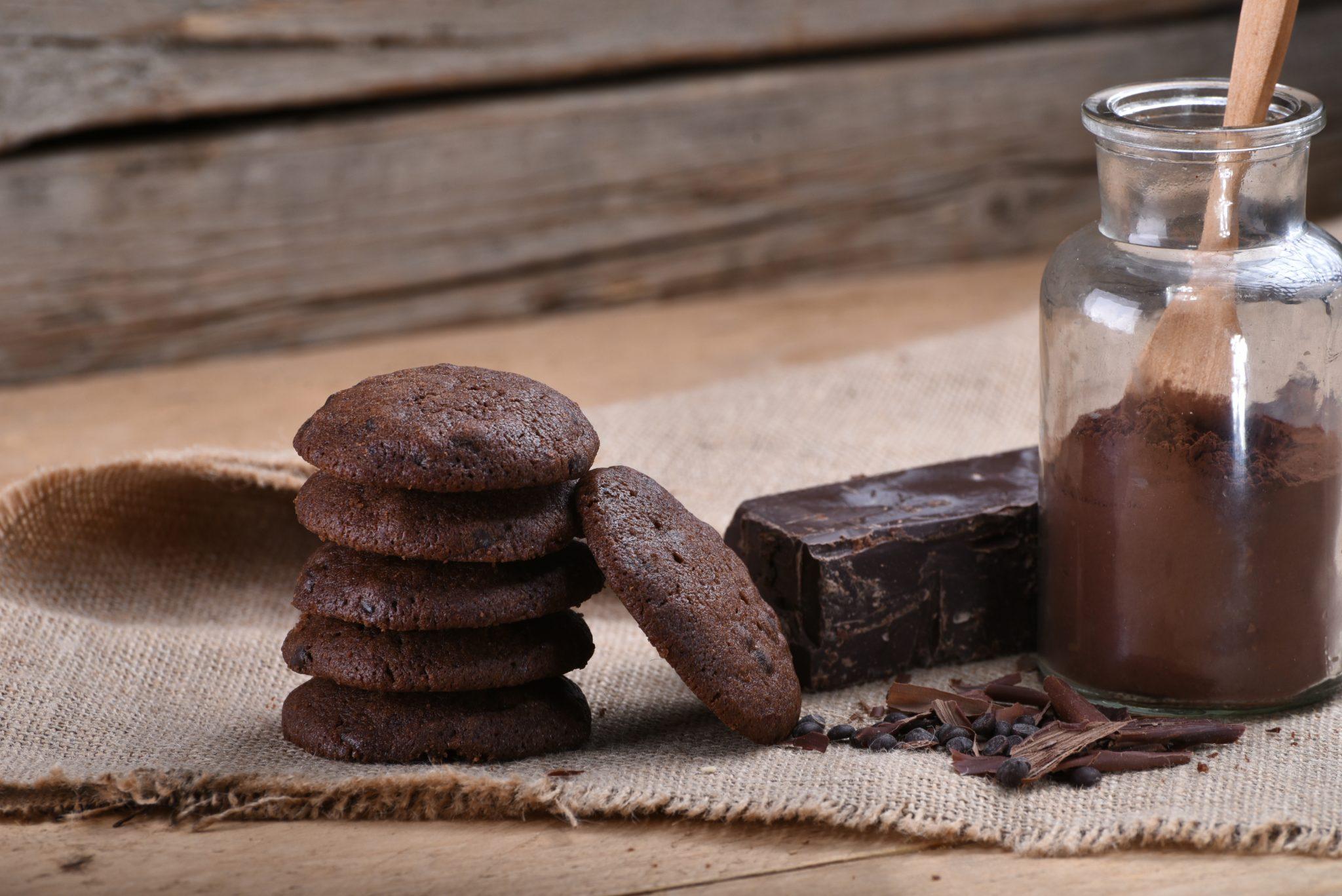 Photo of طريقة عمل ساندوتش شوكولاتة بالبسكويت