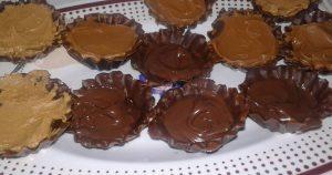 قوالب شوكولاته بالتوفي والجوز