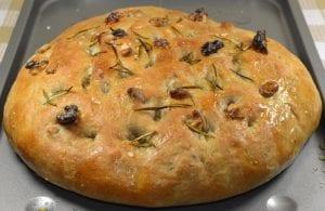 طريقة عمل خبز الفوكاشيا الايطالي