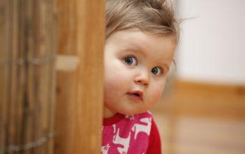 التغلب على خجل الاطفال