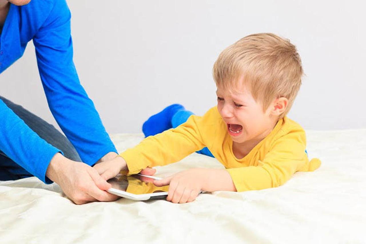 Photo of كيفية التعامل مع الطفل العنيد
