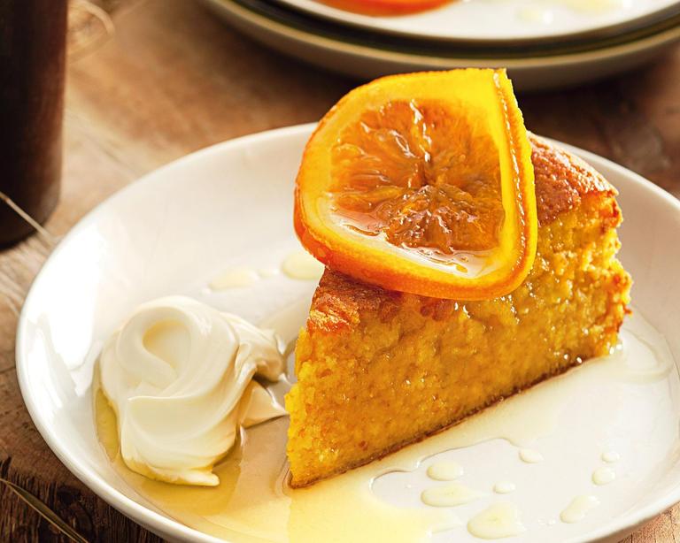 طريقة عمل كيكة البرتقال بصلصة البرتقال