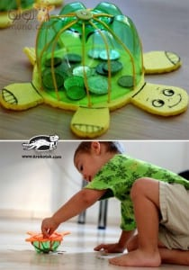 Recycled Plastic Bottles into Turtles (7)