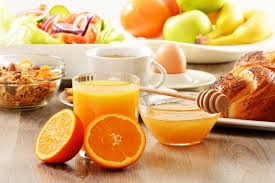 تغذية المراة الصحية في كل مرحلة وأهم ما تحتاجه فيهالا