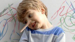 علاج الكذب عند الاطفال وكيفية التعامل معه