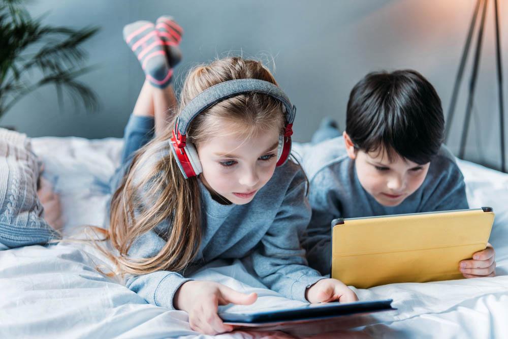 Photo of كيف نتجاوز فجوةالتكنولوجيا بين الاطفال والاباء