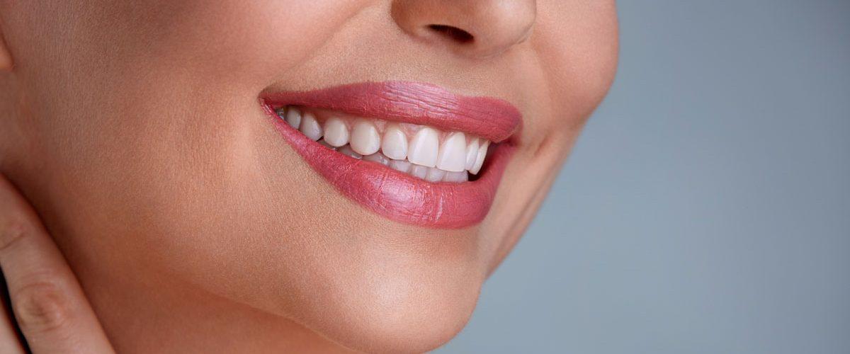 Photo of وصفات للتخلص من السواد حول الفم