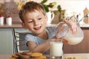 لعبة ظريفة ستجعل طفلك يتناول الحليب كل يوم