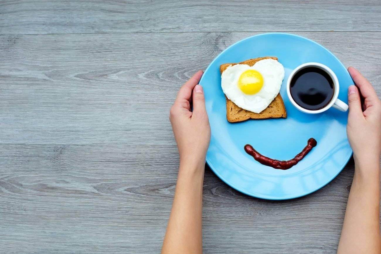 Photo of اطعمة للشعور بالسعادة ومكافحة الإكتئاب