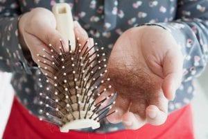 علاج مشاكل الشعر والبشرة لتعود زى زمان