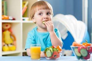 تنمية قدرات الطفل الذهنية بالطعام