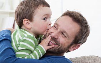 دور الاب في الاسرة