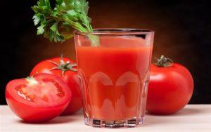 فوائد عصير الطماطم لجمالك وصحتك