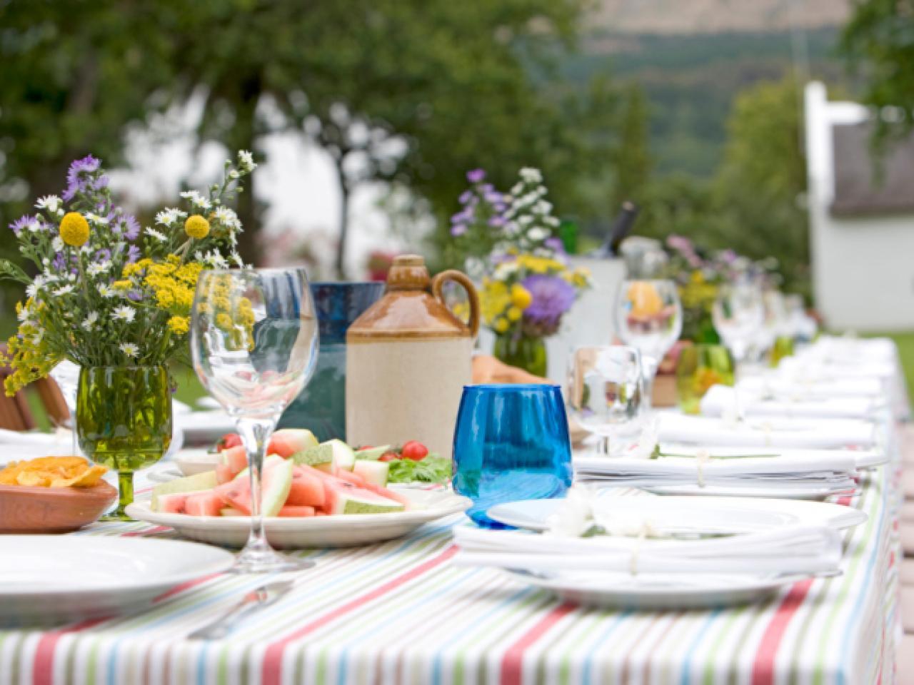 Photo of أهمية اجتماع العائلة على مائدة الطعام