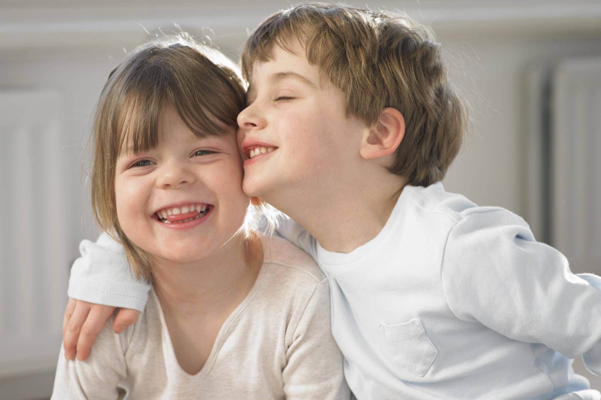 Photo of همسة في أذن كل أب وأم يريدوا التربية المثالية لطفلهم