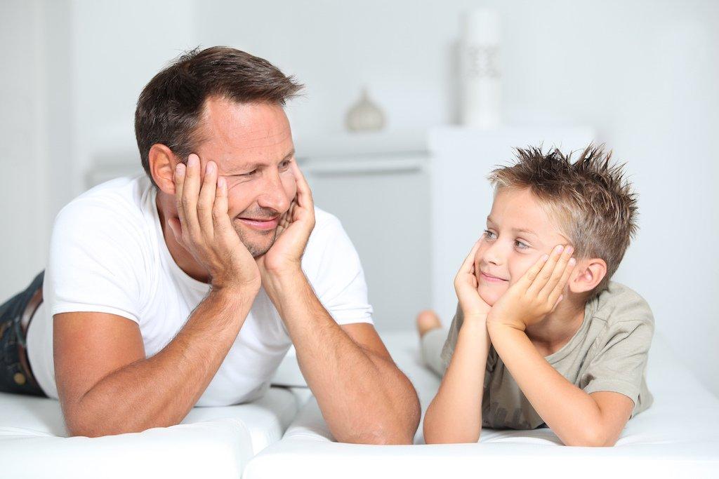 Photo of النقد الايجابي للطفل بطريقة تطور سلوكه ولا تهدم نفسيته