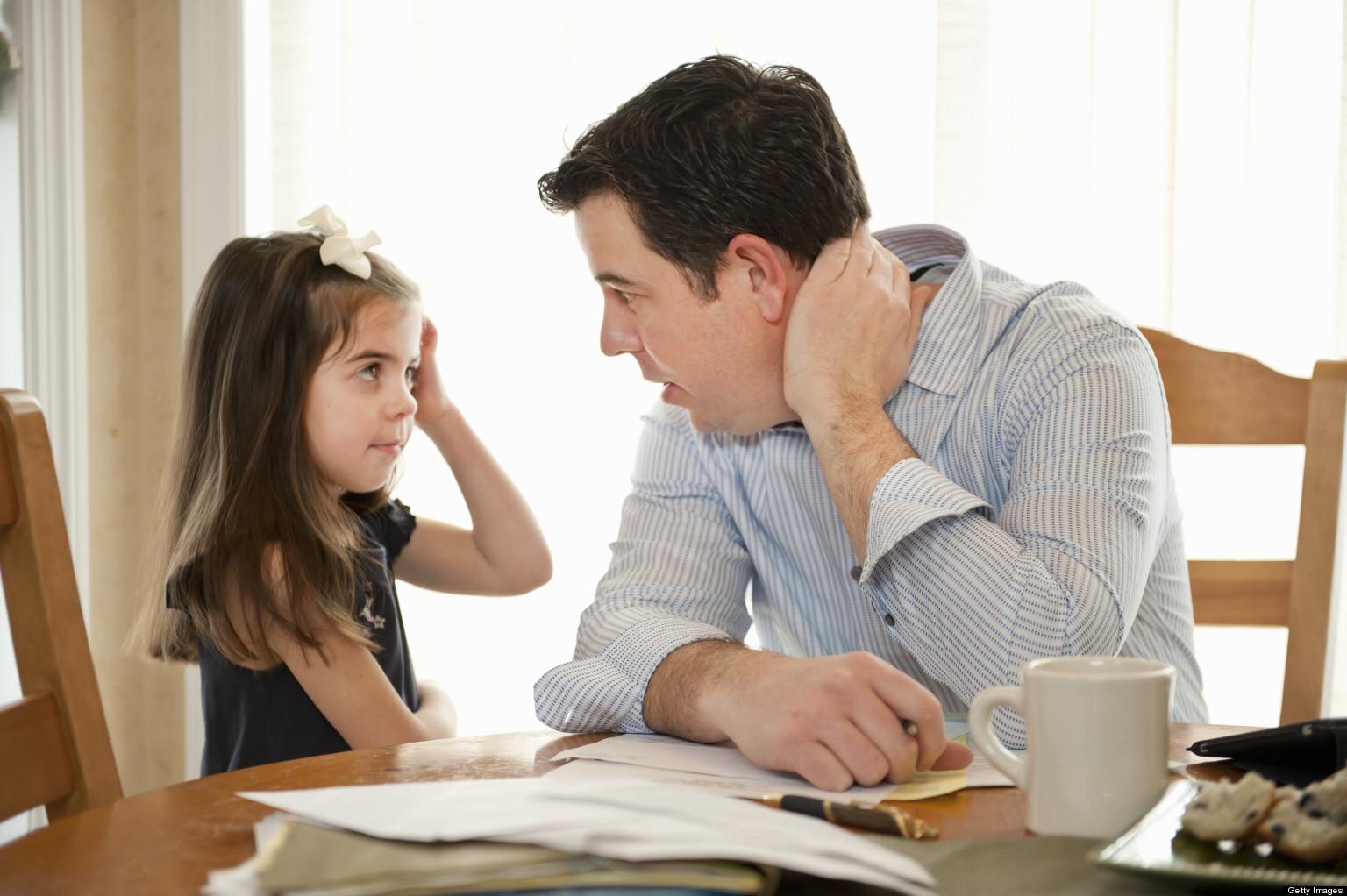اهمية دقة الكلام مع الاطفال فكن دقيقا في كلامك مع طفلك