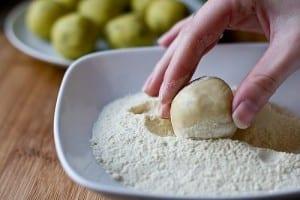 طريقة عمل خبز براتا الهندي بالبطاطس بالصور