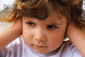 اسباب التهاب الاذن الوسطي للاطفال والاعراض والعلاج