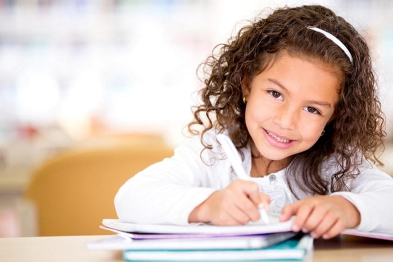 كيف تساعد على تنظيم يوم الطفل بعد المدرسة