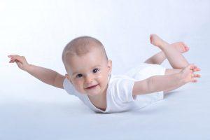 مراحل نمو الاطفال جسديا الطول والوزن أول سنتين