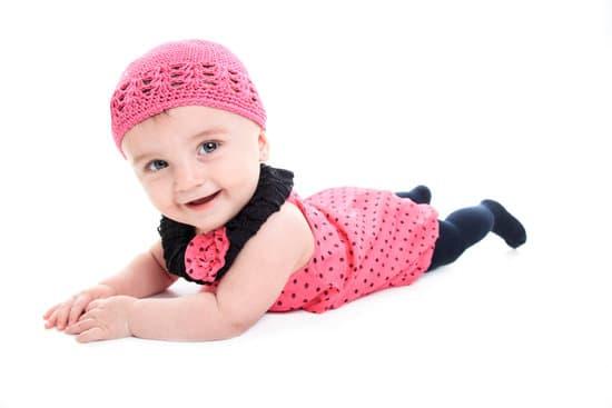 ارتداء الكولون والجوارب الضيقة مضرة للاطفال