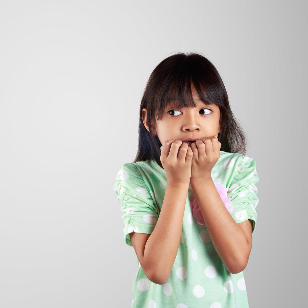 Photo of طفلي خواف ماذا أفعل لعلاج و تعليم الطفل التعامل مع الخوف ؟