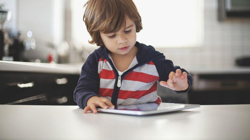 أفكار لتجعلي أطفالك يقللوا من ساعات التلفاز والالعاب الالكترونية