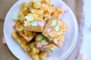 طريقة حلويات سريعة ولذيذة لأطفالك في 5 دقائق بالصور
