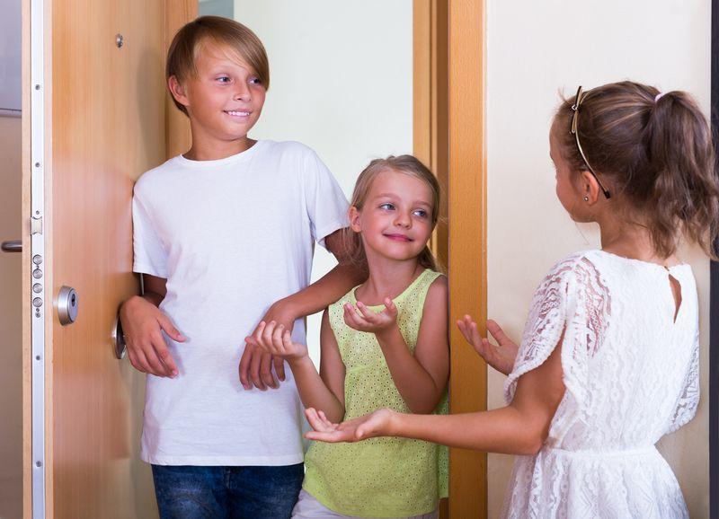 Photo of نصائح عن كيفية تعليم الطفل اصول الضيافة