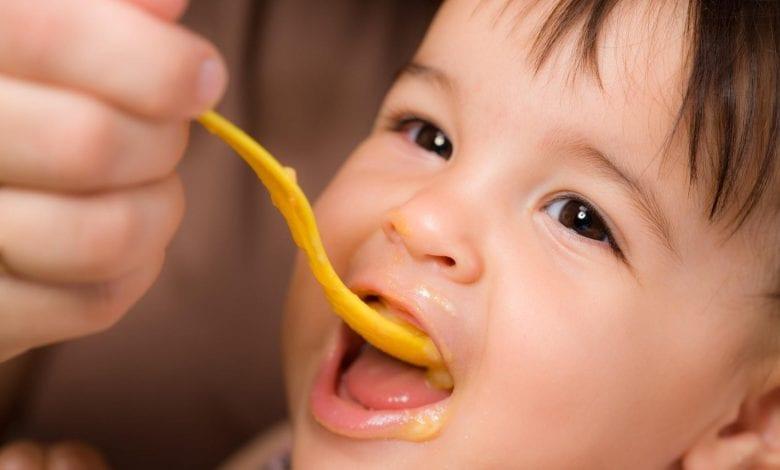 طعام الطفل بعد السنة الاولى