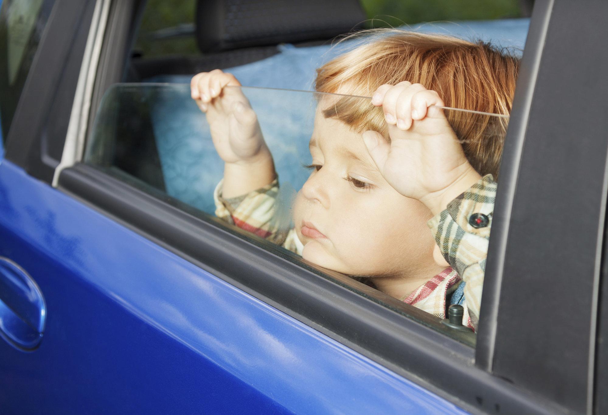 Photo of الطفل المشاغب بالسيارة كيفية  التعامل والتصرف معه