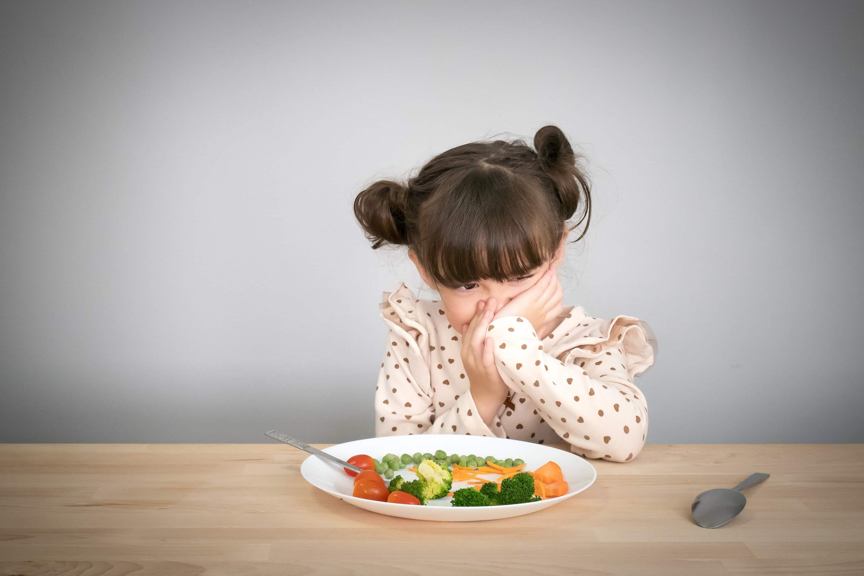 فقدان الشهية عند الأطفال وأفكار ذكية لفتح شهية الطفل تغذية الطفل فورنونو