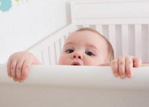 مشكلة النوم المتقطع و استيقاظ الطفل ليلا عده مرات
