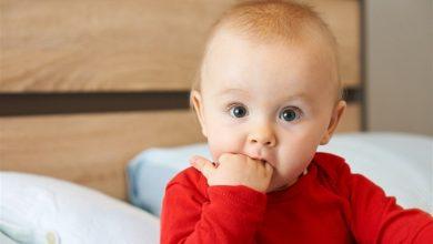 Photo of كيف تقللي كثرة اللعاب عند تسنين الطفل
