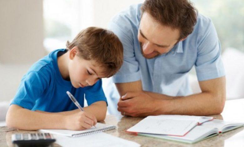 المذاكرة مع الاطفال إلى أى عمر مسموح بها