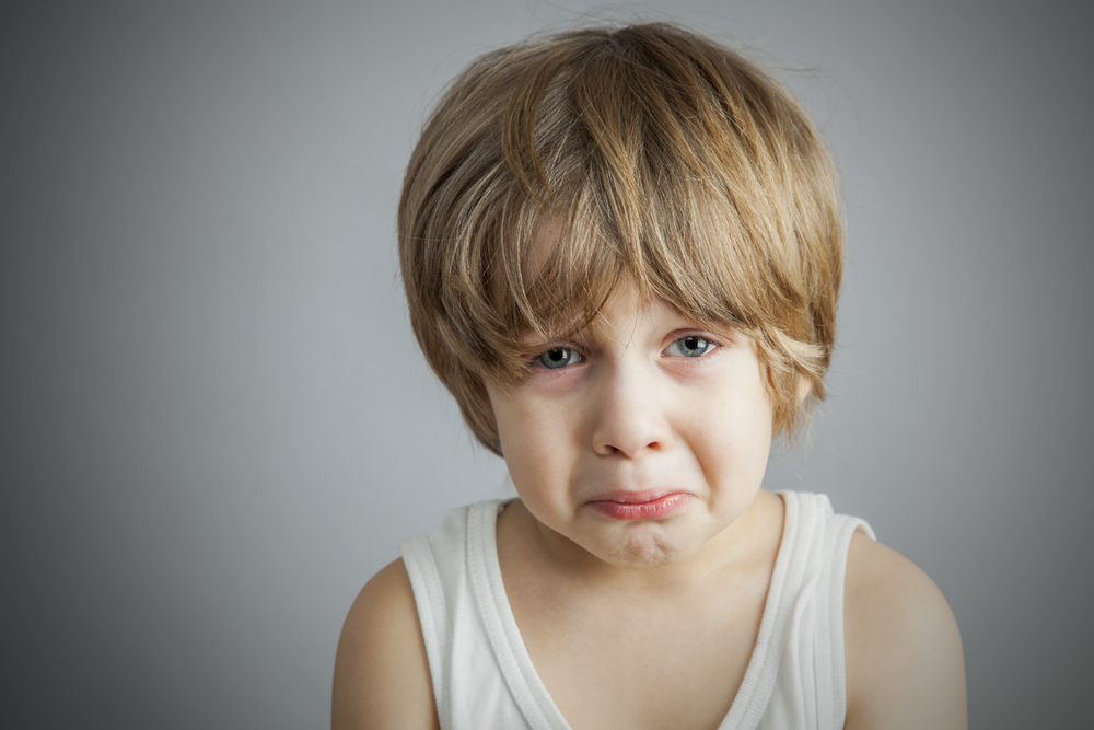 Photo of كيفية التعامل مع بكاء الطفل المتكرر ليحصل على ما يريد