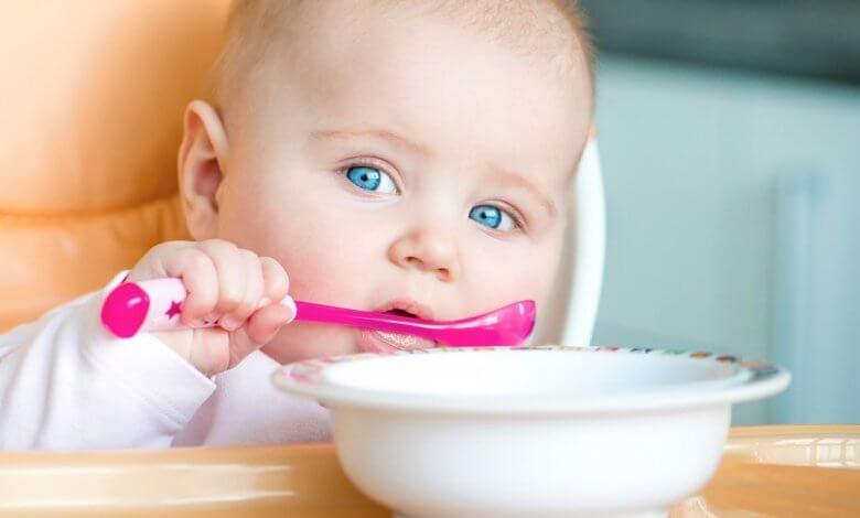 غذاء الطفل فى الشهر الخامس حتى الفطام