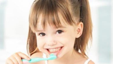 Photo of طريقة تنظيف الاسنان للاطفال بالفرشاة والمعجون