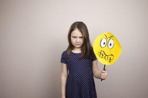فهم مشاعر الغضب عند الاطفال