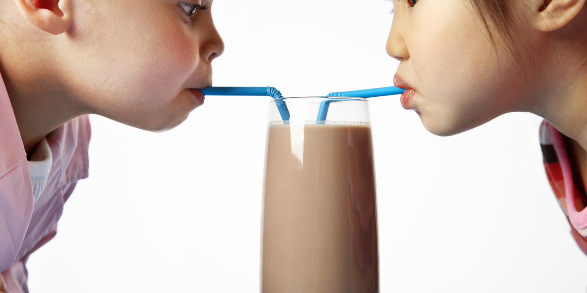 Photo of هل الحليب بالشيكولاتة صحي للطفل في المدرسة؟