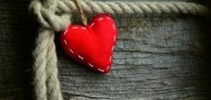تعلمي الحكمة في الحب ومش أى حد تفتح له قلبك