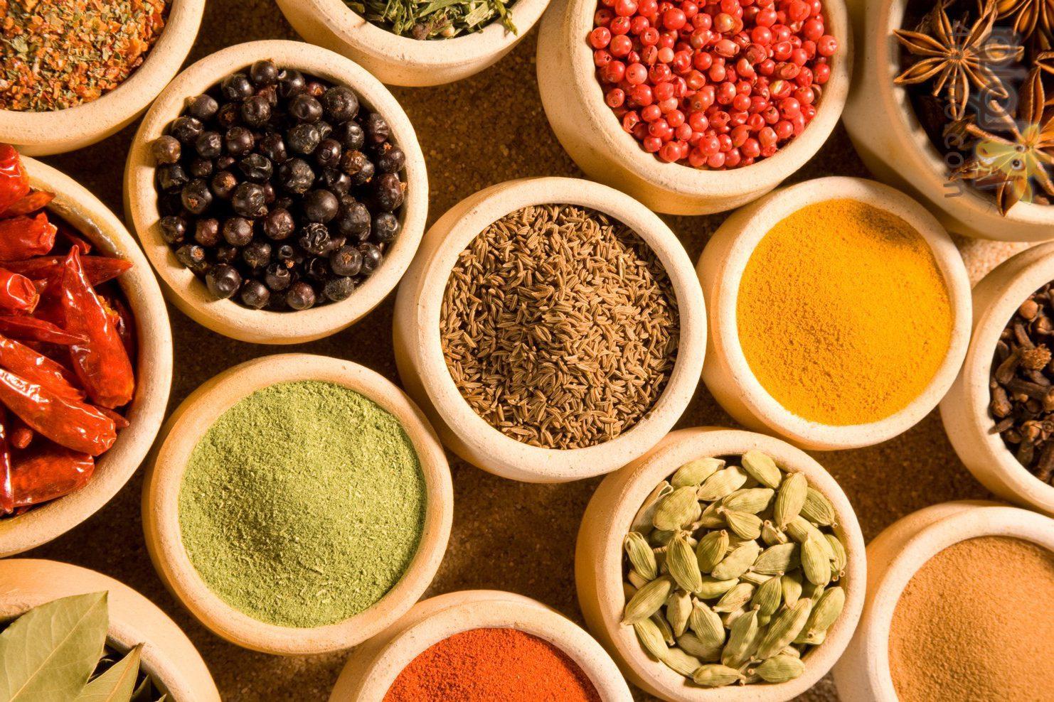 Photo of فوائد البهارات وبعض أنواع الفاكهة الغنية