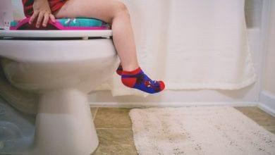 Photo of كيف ابدأ مع طفلي التدريب على دخول الحمام