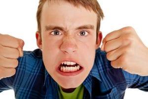 مشاكل المراهق التي تواجهه في فترة المراهقة