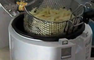 طريقة عـمل بطاطس بوم فريت بالخطوات المصورة