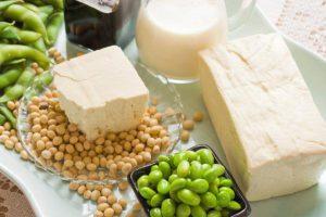 أهمية المشروبات والأطعمة المعتمدة على فول الصويا