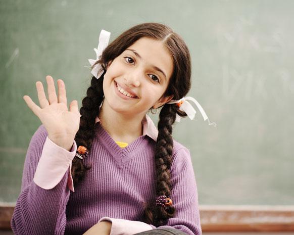 تعليم الطفل القاء التحية والسلام